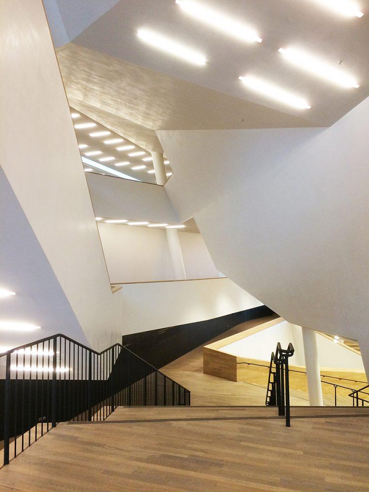 junger_beer zu Gast im Kulturdenkmal ELBPHILHARMONIE in Hamburg 02