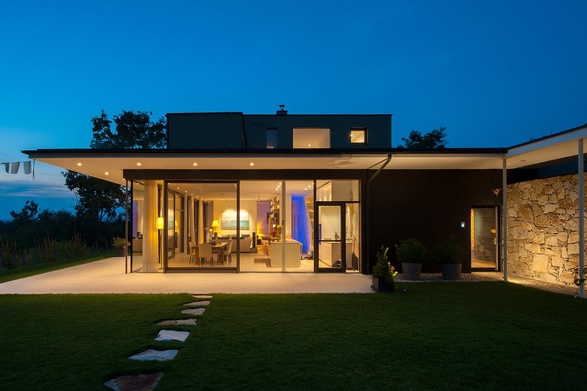 haus_lk_21_einfamilienhaus_im_seewinkel_burgenland_junger_beer_architektur