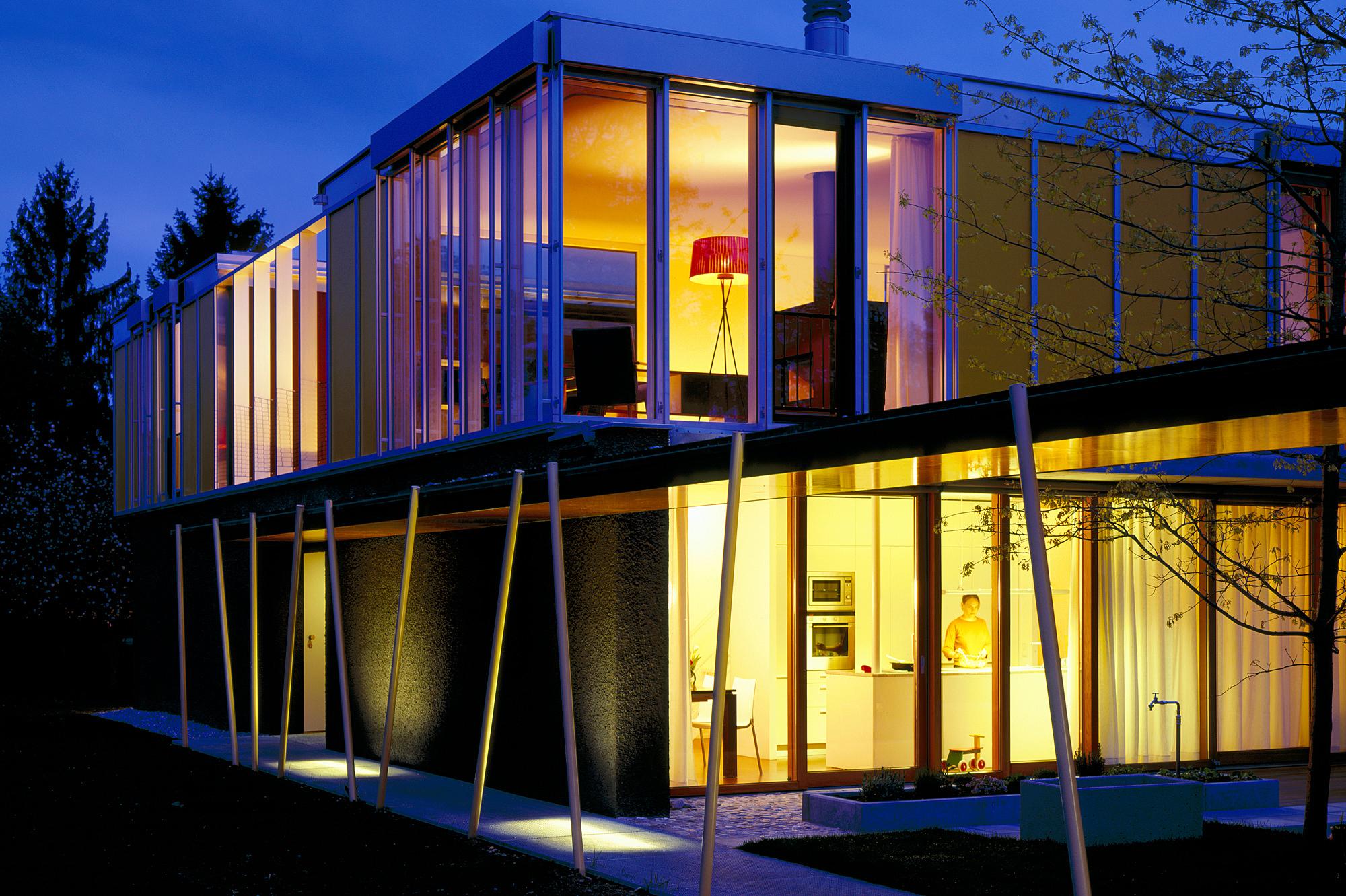 haus p 01 einfamilienhaus und buero in hard vorarlberg junger beer architektur