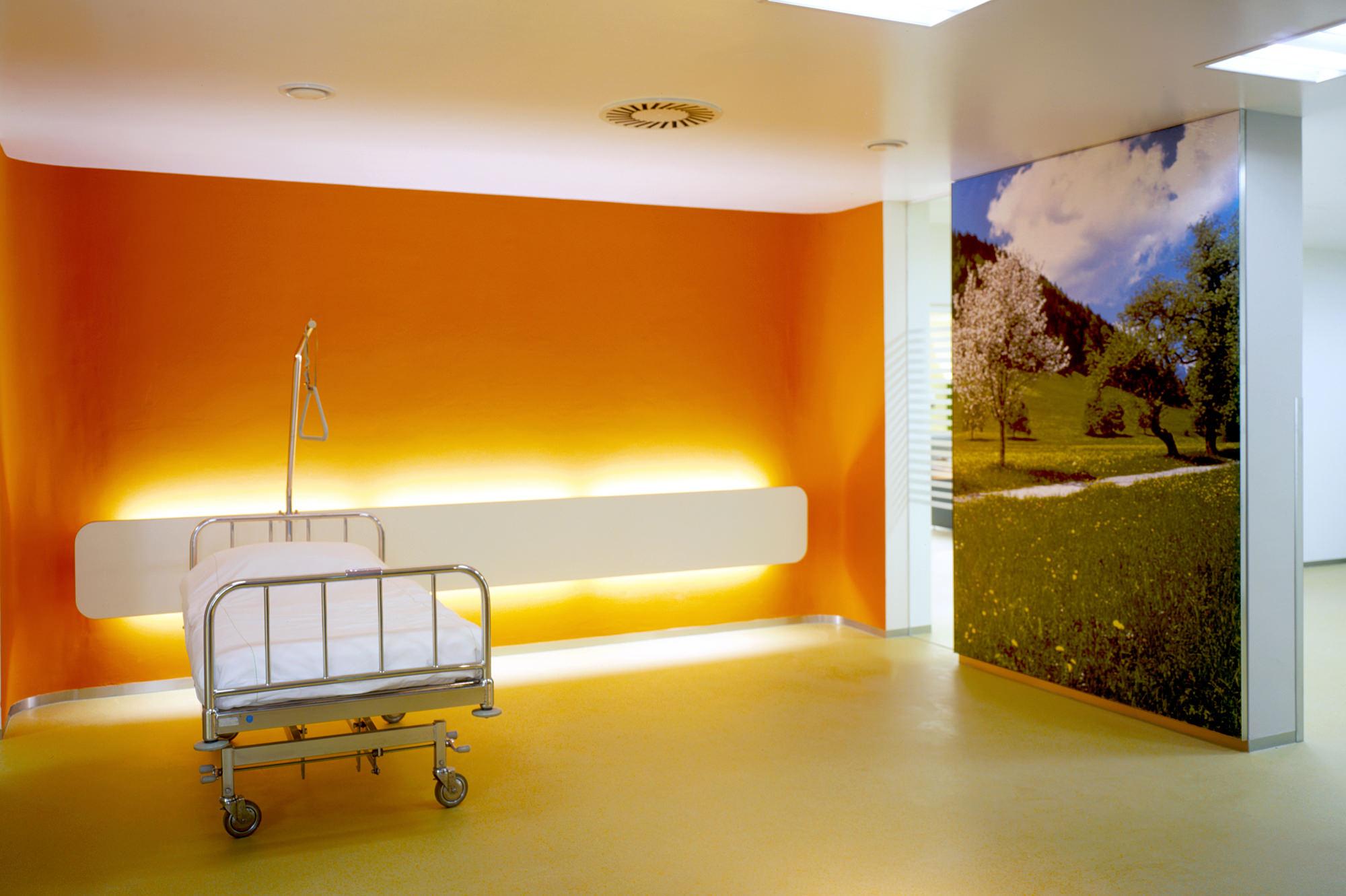 krankenhaus_kitzbuehel_03_umbau_sanierung__junger_beer_architektur